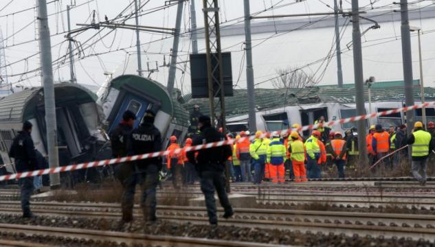 Milano, treno di Trenord deraglia a Pioltello: 3 morti e 46 feriti ... - ilfattoquotidiano.it