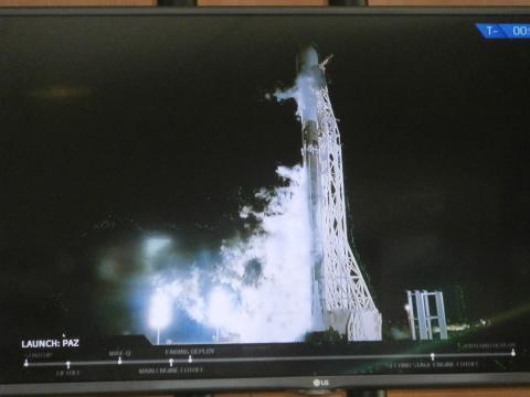 Con el PAZ a bordo el Falcon 9 calienta motores