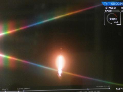 ¡Rumbo al espacio! El Falcón 9 despega con el satélite PAZ a bordo