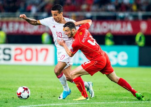 Spain deliver injury update on Thiago Alcantara   Squawka Football - squawka.com