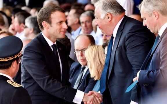 Révision constitutionnelle : entre Macron et Larcher, c'est l ... - leparisien.fr