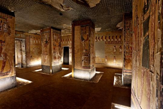 Scanning Seti - L'interno della stanza mortuaria - photo ©Piergiorgio Pescali