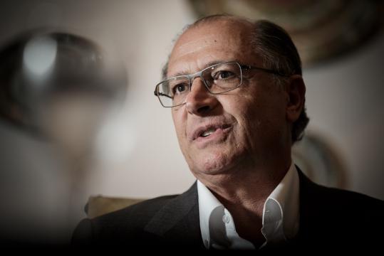 Segundo o general Hamilton Mourão parte do eleitorado de Geraldo Alckmin deve ser atraído a Bolsonaro em eventual 2º turno. (foto reprodução)