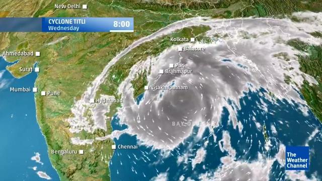 Il ciclone Titli colpisce l'India