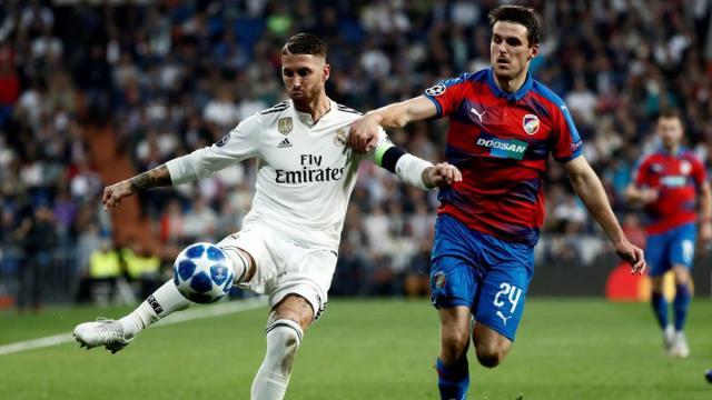 El Real Madrid sigue en mal momento a pesar de la victoria y Lopetegui está en la cuerda floja. MARCA.com.