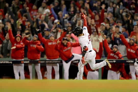 Eduardo Núñez sepultó a los Dodgers en el juego 1 con su HR de 3 carreras. www.fox40.com