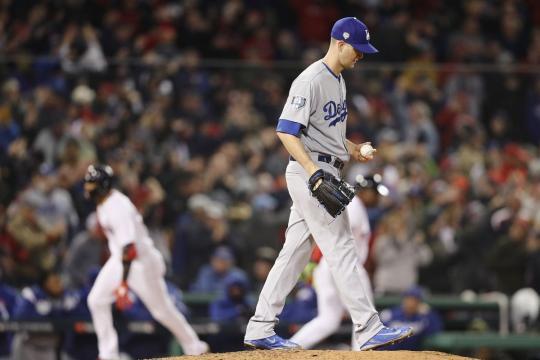 Los Dodgers jugaron un mal juego 1 de Serie Mundial 2018. www.truebluela.com