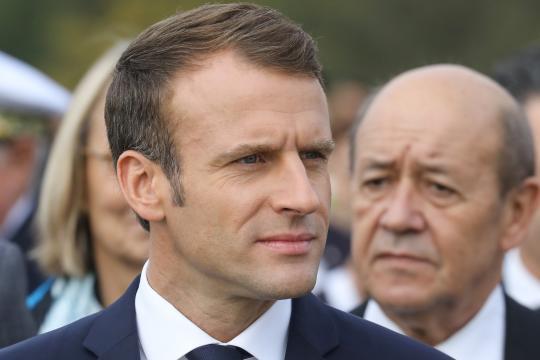 Macron appelle à