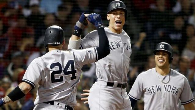 Los Yankees golpearon fuerte en Fenway en el juego 2. www.foxnews.com