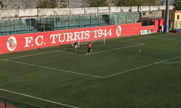 Turris - Morto calciatore Raffaele Perinelli