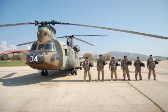 Chinook y su tripulación. Sus simuladores estan ahora interconectados con los demás.