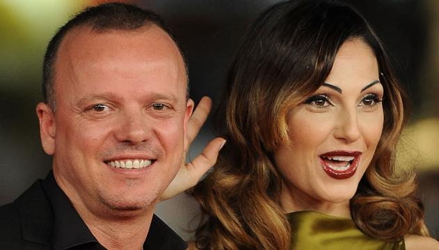 Gossip: Gigi D'Alessio e Anna Tatangelo in coppia al matrimonio del capo della F&P Group.