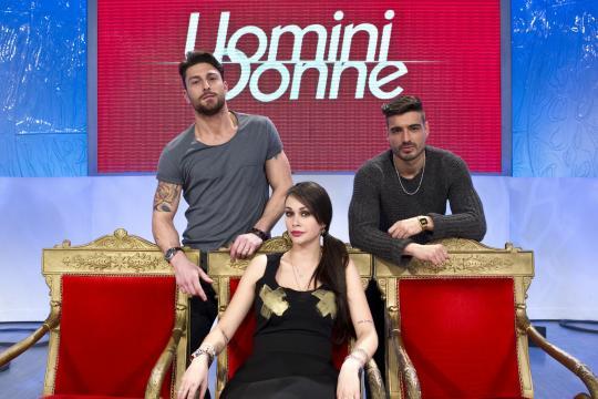 Uomini e Donne: i nuovi tronisti si presentano - Panorama - panorama.it