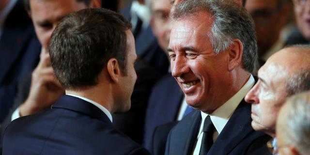 François Bayrou alerte Emmanuel Macron sur la montée des tensions