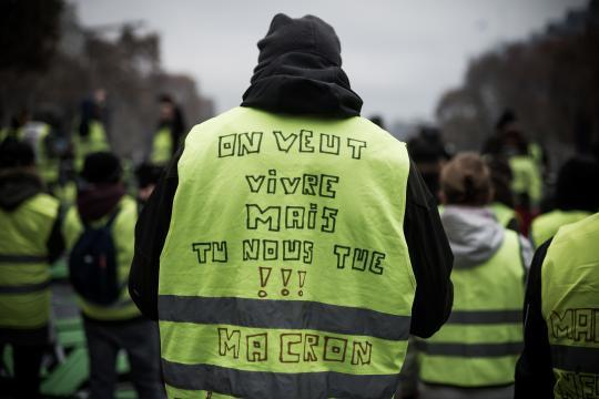 """Les """"gilets jaunes"""" désignent huit """"communicants officiels ... - valeursactuelles.com"""