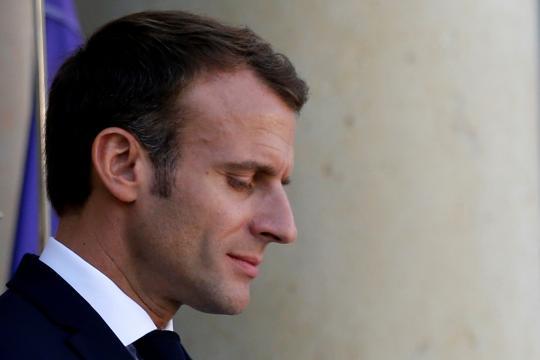 Politique économique : la popularité de Macron plonge - latribune.fr