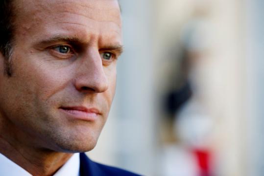 La popularité de Macron à son plus bas niveau historique - latribune.fr