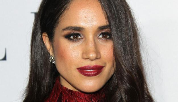 Meghan Markle res lips parto delivery