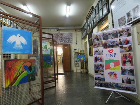 Exposição acontece na Câmara Municipal de Santa Maria (RS) (Crédito: Divulgação UNP-Santa Maria)