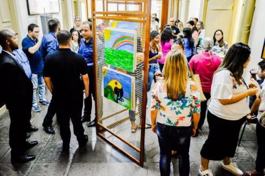 Programa social organizou curso para ensinar detentos a pintar (Crédito: Divulgação UNP-Santa Maria)