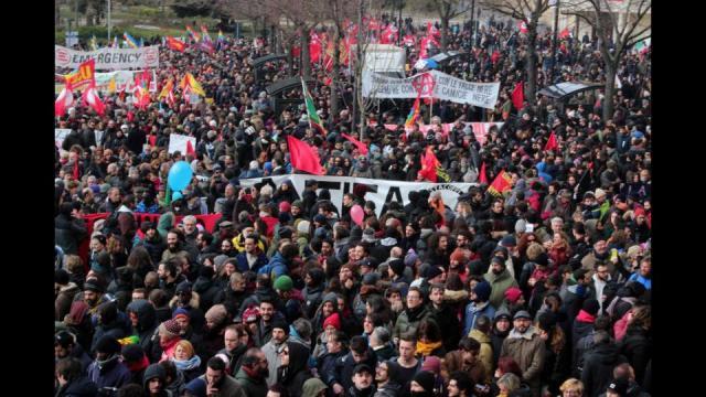 Macerata, 15mila persone al corteo antifascista: la città è ... - lapresse.it
