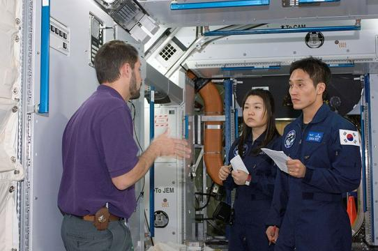 Korean astronauts under training in the ISS (Image credit - NASA, Wikimedia Commons)