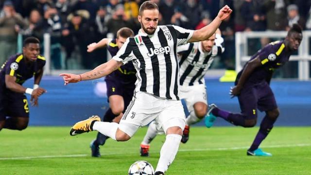 Higuaín se quedó cerca de un hat trick en Champions. UEFA.com.