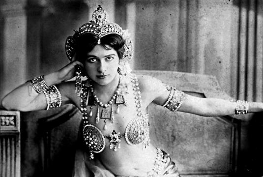Mata Hari un mito popular, una espía, una mujer