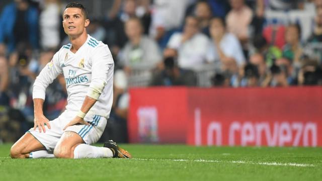 le Real madrid s'eloigne du titre en Liga