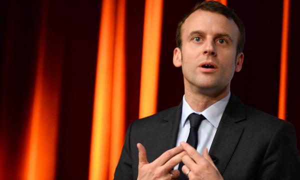 Caricature Les Républicains: Macron réclame « le retour au respect » - bfmtv.com