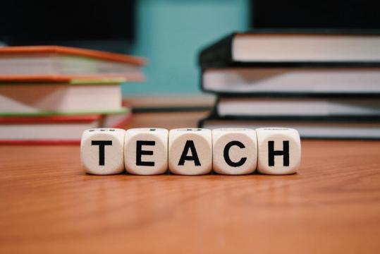 Nueva tecnica de cómo aprender a hablar inglés rápido y fácil ... - aulaclicks.com