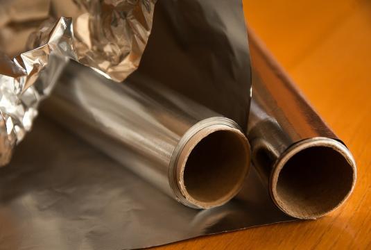 Para facilitar la absorción del concentrado de principios activo del bótox deberás ponerte una gorra de plástico o papel de aluminio