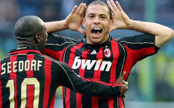 Ronaldo in rossonero segna contro la 'sua' Inter, ma non evita la sconfitta del Milan