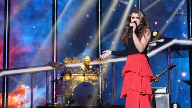 Operación Triunfo - Amaia canta 'Starman' en la gala 0 de ... - rtve.es