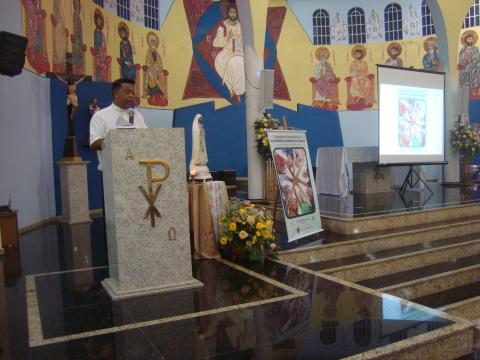 Vigário da Forania padre Marcos conduziu a noite de atividades da FC.
