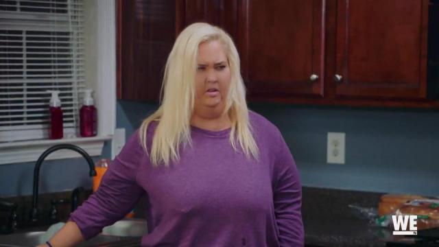 Mama June before weight loss. - [WETV / YouTube screencap]