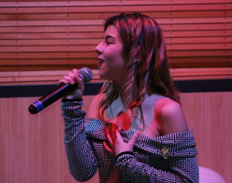 Yasira Díaz realiza una de sus poderosas covers