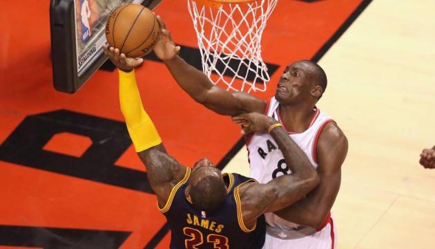 DeRozan y Biyombo rompen la racha de los Cavaliers   Deportes   EL ... - elpais.com