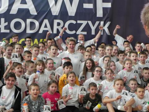 Lekcja WF z Anitą Włodarczyk w Sadowiu (fot. Krzysztof Krzak)