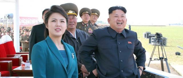 Kim Jong-un insieme alla moglie, Ri Sol-yu