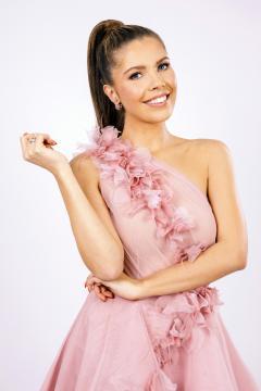 Let's dance: Victoria Swarovskis Debüt als Moderatorin kam nicht bei allen gut an - Foto: MG RTL D / Nadine Dilly