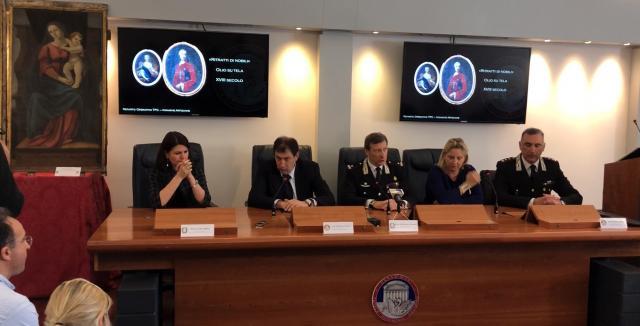 Conferenza stampa di presentazione sul recupero di 37 opere d'arte rubate e recuperate dai Carabinieri TPC