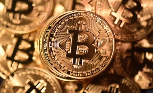 Google rimuove pubblicità Bitcoin
