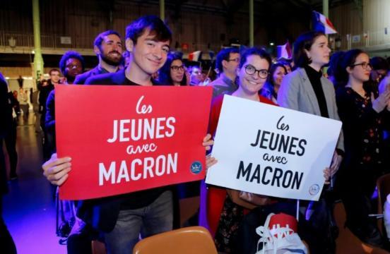 Les «Jeunes avec Macron» changent de tête sous le patronage du ... - liberation.fr
