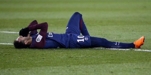 Blessé, Neymar ratera au moins deux matchs : le PSG s'inquiète ... - sudouest.fr