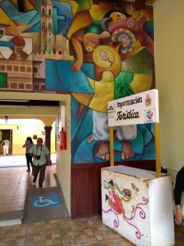 En el Palacio de Gobierno hay buen ejemplo del muralismo mexicano obra del mismo Cano.