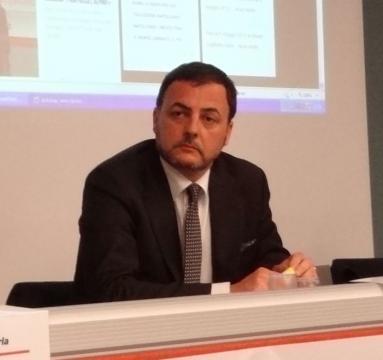 Febbraio 2014, Clinica Villa Tiberia, convegno sul commercio territoriale e iniziativa RisolVo.