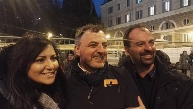 Massimiliano De Toma il 2 marzo 2018 a Piazza del Popolo per il comizio elettorale conclusivo M5S.