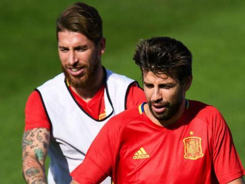 Espagne, Sergio Ramos évoque ses piques avec Gérard Piqué | Goal.com - goal.com