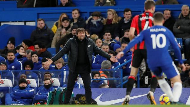 Foot: Chelsea s'attaque à Barcelone et Manchester avec des doutes ... - rfi.fr